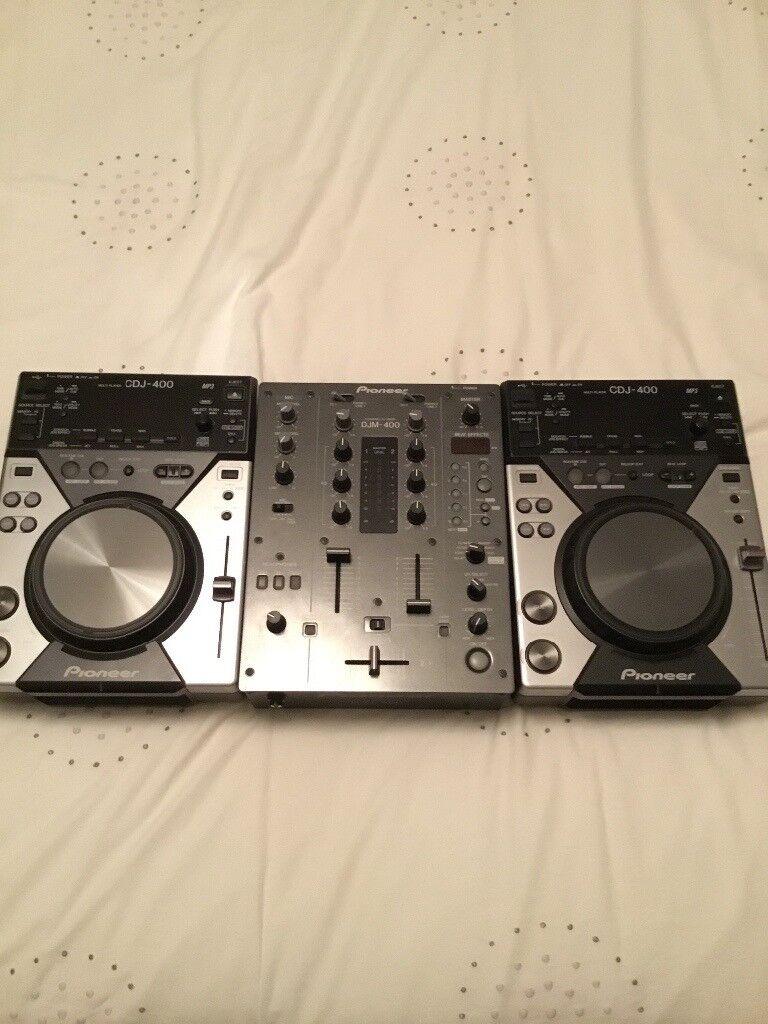 Pioneer cdj 400 x 2 and djm 400