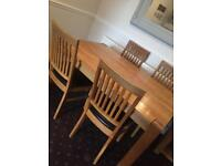 Solid oak dining table vgc no chairs