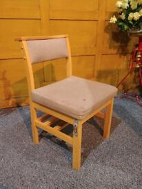 Cushioned chairs, 40 chairs, £150 for the lot