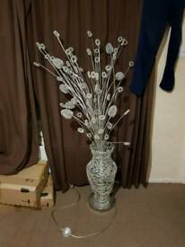 Large wire flower lamp ornament