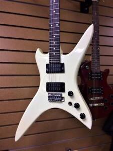 Guitare électrique '''Vintage'' 1984 B.C.Rich Stealth ***Collectionneur***  #P015610