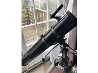 HELIOS TELESCOPE 114mm aperture x 910mm focal length. Great entry level telescope.