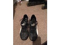 Size 6 Puma Football Boots