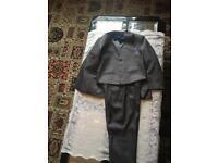 3 piece boy kids suit (Age 7-8)