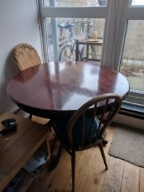 Free: Round 4-5 seater living room table