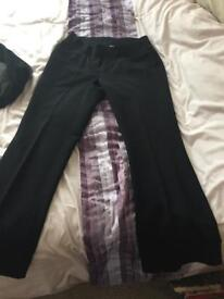 2 x size 8 Maternity trousers for sale