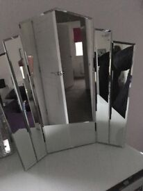 Lovely dressing table mirror for sale