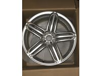 Audi Q3 alloy wheel