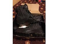 Sixton work boots