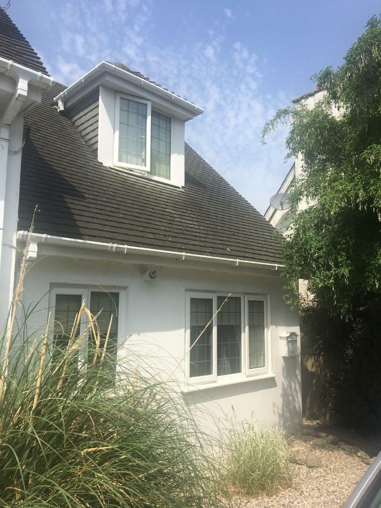 Wondrous Cosy One Bed Semi Detached House In Paignton Devon Gumtree Home Interior And Landscaping Oversignezvosmurscom
