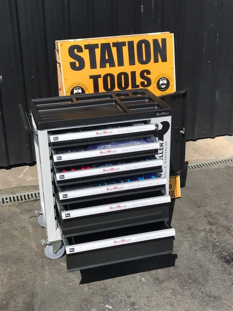 German 2017 Model 6 Drawer Tool Box with 245pcs ToolsSide Cabinet with 1 Shelvesin Coalisland, County TyroneGumtree - German 2017 Model 6 Drawer Tool Box with 245pcs Tools Side Cabinet with 1 Shelves Lockable Door.£340 or €400 euro• 4 Drawers Full with Tools• Ball Bearing Drawers• Heavy Duty Casters • Lockable• 245pcs Tools• All fitted With Trays to...