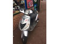 Zip 50cc 2011 £350 no offers
