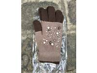 New beige/brown 3 in 1 gloves with pearls and sequin pattern