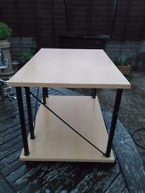 Small light wood tv stand or music centre table