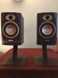 Tannoy Reveal 5A Active Monitors (Pair) + Desktop stands