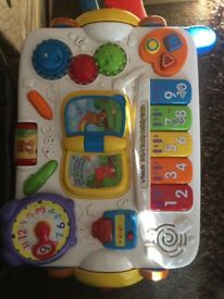 V tech 2 in 1 activity table