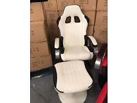Racer chair in white, brand new.