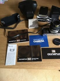 Olympus OM2 Camera in excellent condition with zoom lens and electronic flash