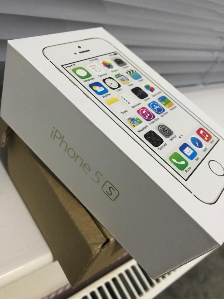 iPhone 5S 32GB UNLOCKED BOXED