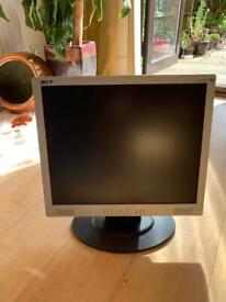 Acer AL1916W 19-inch Widescreen Monitor (Blinking GREEN LED