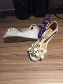 e40ed27286 River Island girls party shoes  new