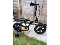 Children's bike with stabilisers,