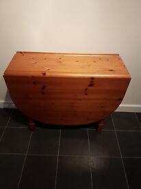 Oval Double Drop Leaf Table - Varnished Pine