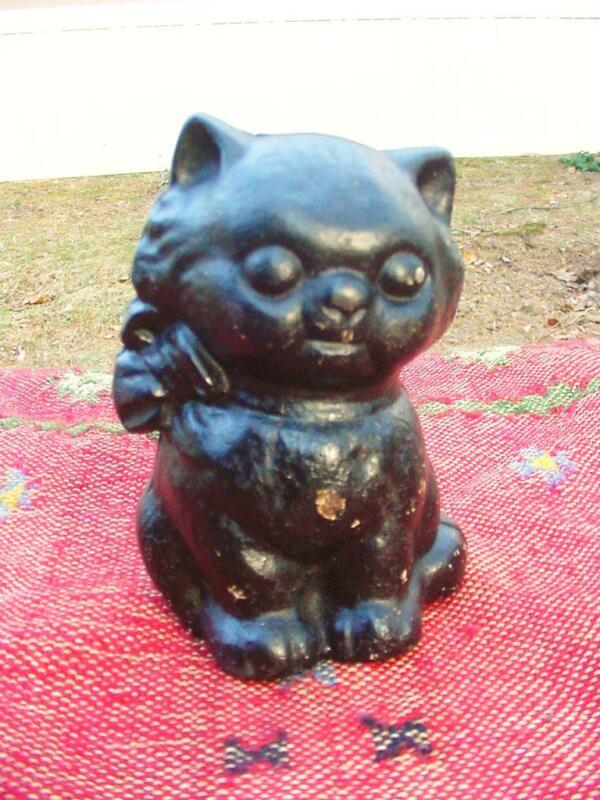 Antique 1930s Hubley Cast Iron Kitten Bank in Great Condition w/ Original Paint