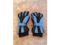 Terra Hiker women's ski gloves (size small)