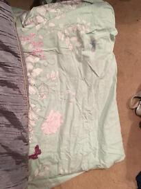 Free duvet cover collect free of charge, good condition,