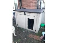 Dog kennel keter box insulated kingsman.