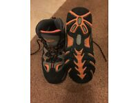 Childrens / kids / adults walking boots. size 3