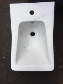 Wall hung sink brand new with mixer tap n waste £65 bargain