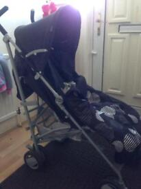 Chicco London pushchair with foot muff