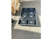 Plastic pallets ideal for awnings floor shed basesbases