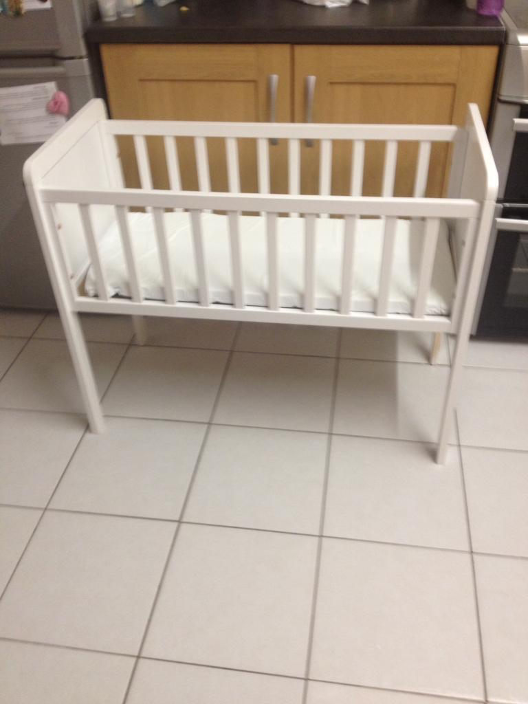 Leipold crib for sale - Baby Crib For Sale
