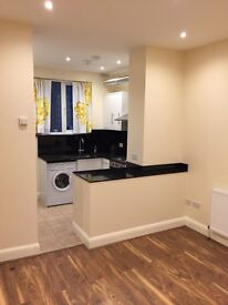 REFURBISHED 2 bedroom ground floor flat with garden. Brand New Condition. REDUCED RENT FOR XMAS LET