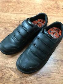 Clark's boys leather shoe size 4f