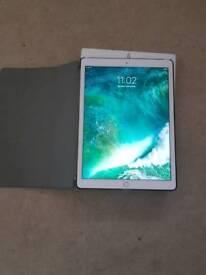 "iPad Pro 12.9"" 128GB 4G Unlocked (2015)"