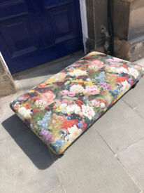 Contemporary Modern Footstool , must be seen . In great condition, from a show house .