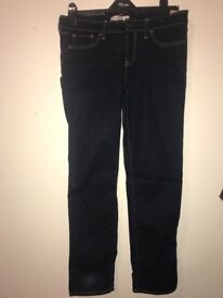 *BRAND NEW* Woman's hollister jeans size 11