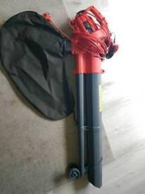 Sovereign 2600w garden blower and vacuum