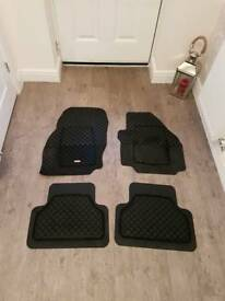 Rubber Car Mats to fit Ford S Max