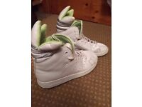 Size 4 Adidas Trefoil Trainers