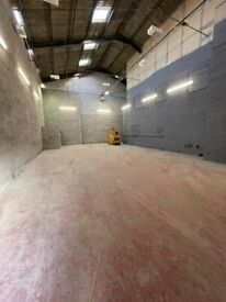TO LET - 2000ft² INDUSTRIAL unit, YARD and PARKING available. Secure and CCTV operated.