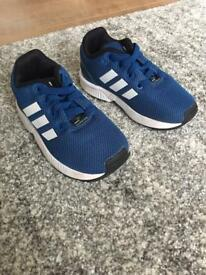 Kids adidas flux trainers immaculate size 6K