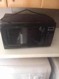 Black microwave 750 watt