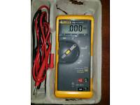 Fluke Multimeter 70 III