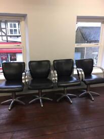 4 salon chairs £100