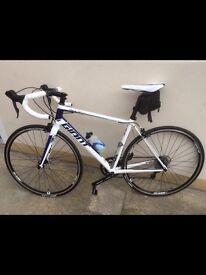 Giant defy / road bike ,size medium